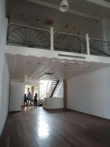 foto do salão principal antes da implementação da casa Veja Rio na FLIP - Feira Internacional Literária de Parati.